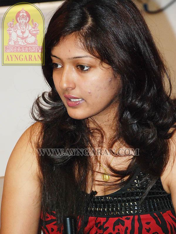 gayathri raghuram sister