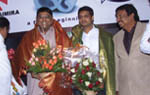 Yen Ippadi Mayakinai Audio launched