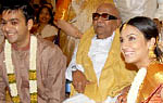 Soundarya Rajinikanth gets engaged