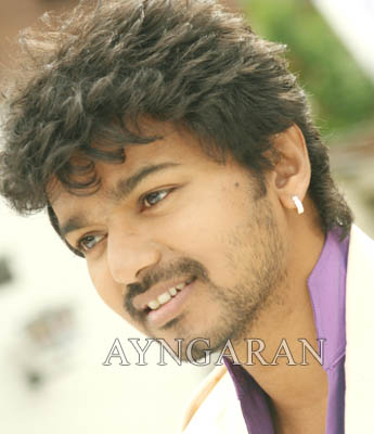 "Sizzling six new images of ""Villu"" unrestricted for Vijay fans"