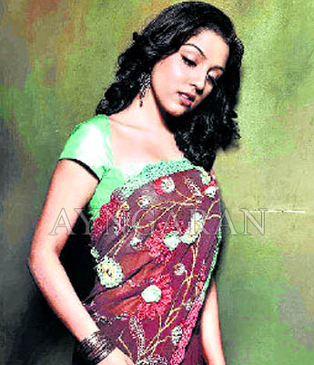 'Glamorous act must give off good results' says Lekha Washington