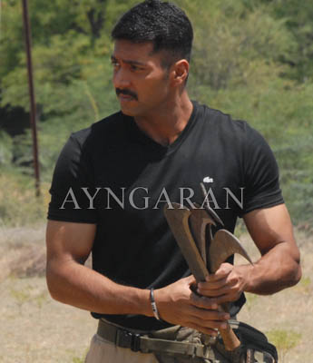 Jeyam Ravi shoots for Peraanmai