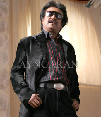 'King of style' does 100 styles for 'Endhiran'