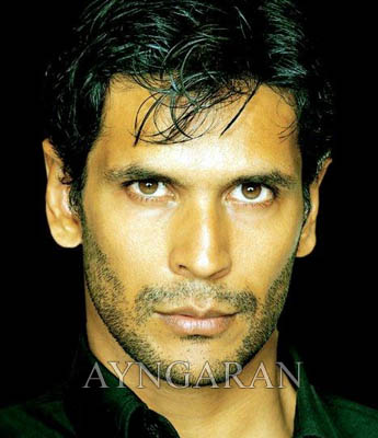 'Milind Soman' wants to make big in Kollywood