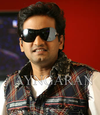 Santhanam dislikes forming his own group for comedy