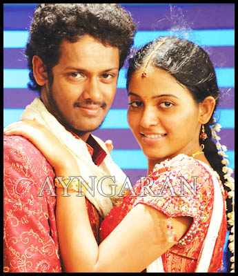 Angadi Theru Song making-Video
