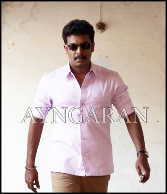 Samuthirakani in search of a heroine