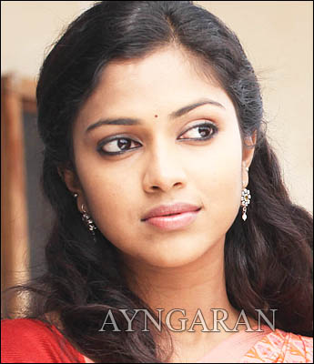 Amala Paul opposite Jiiva?