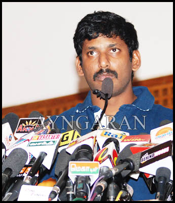 Vishal express his gratitude