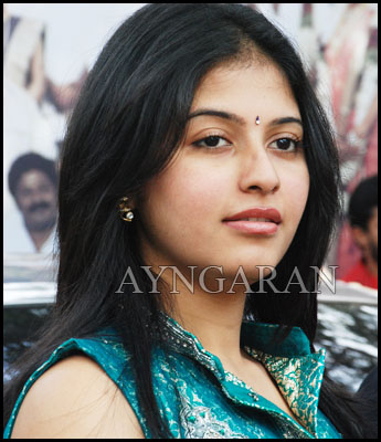Anjali again in Murugadoss production