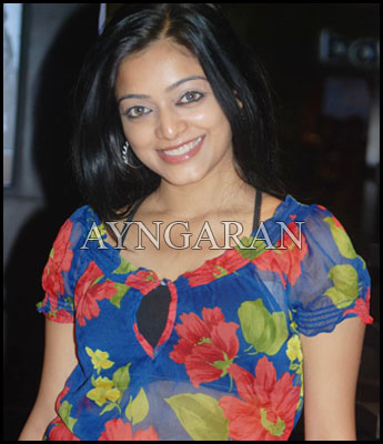 Janani Iyer takes the glam route