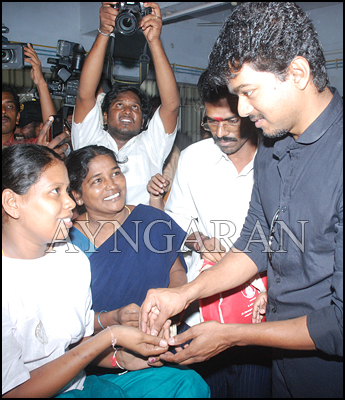 Actor Vijay @ Egmore Children's hospital