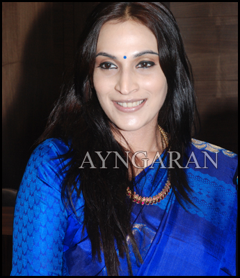 Aishwarya Dhanush working on her next script