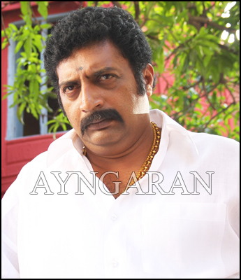 Prakashraj very busy in bollywood