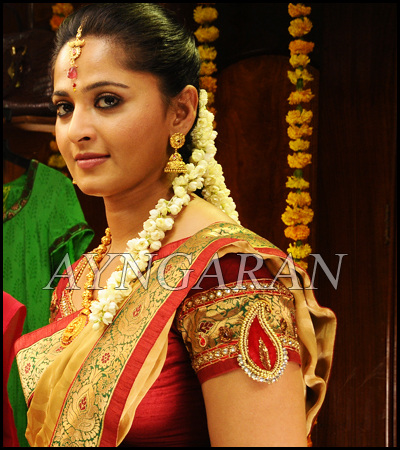 Anushka as usual stuns