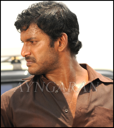 Vishal loves to be a villian