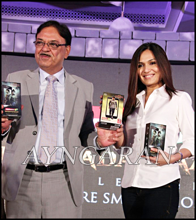Soundarya Rajinikanth launched Kochadaiyaan Series mobiles